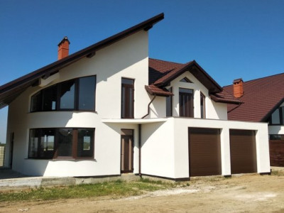 Casa de vânzare în sectorul Poiana Domneasca